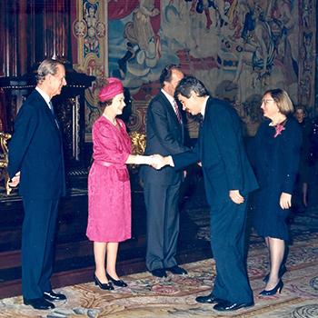 Queen Elizabeth II i Pasqual Maragall, 1988.