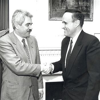 Rudolph Giuliani, alcalde de Nova York, i Pasqual Maragall, 1996.