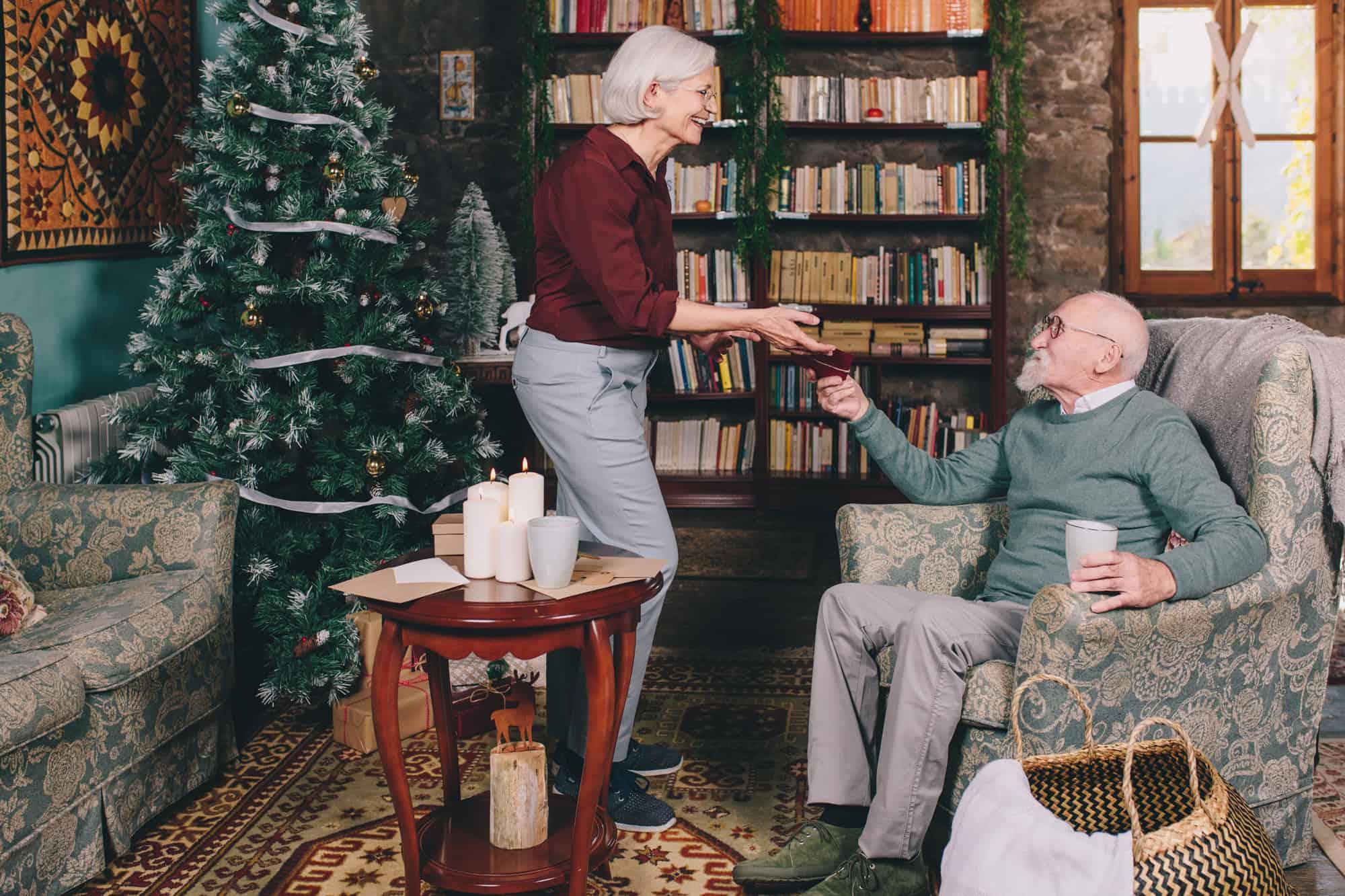 Blog: ¿Cómo podemos celebrar la Navidad con una persona con Alzheimer?