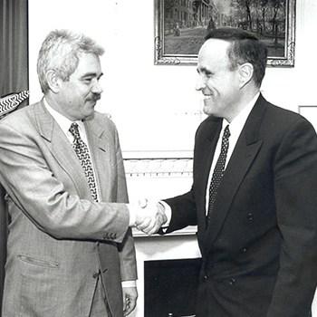 Rudolph Guiliani, alcalde de Nueva York, y Pasqual Maragall, 1996.
