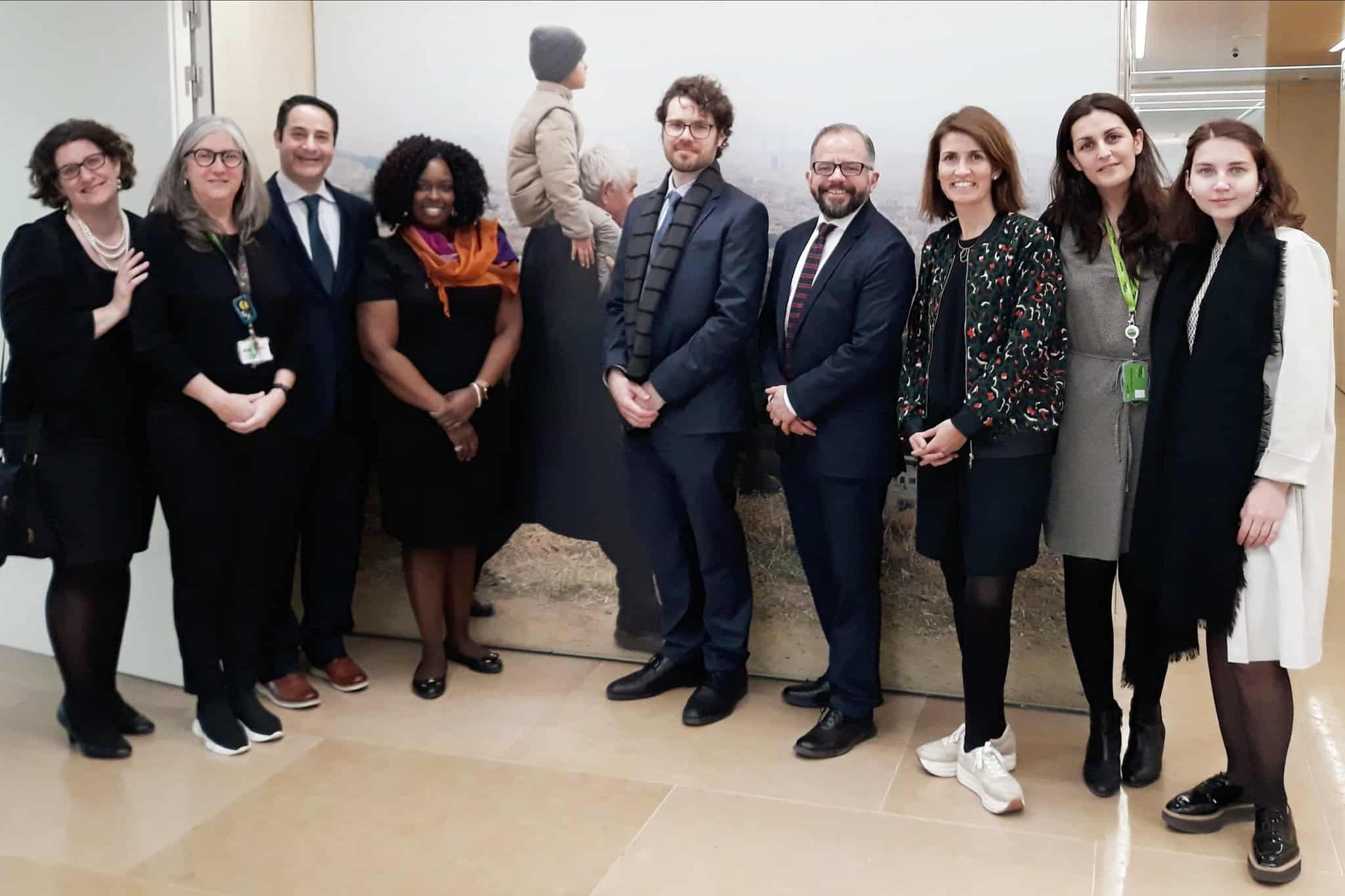 Los becados de German Marshall Fund, durante su visita a la Fundación