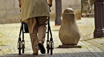 72 entidades han firmado ya el manifiesto para frenar el maltrato a las personas mayores