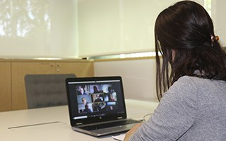 Ponemos en marcha un nuevo programa online de formación y apoyo emocional a cuidadores de personas con Alzheimer